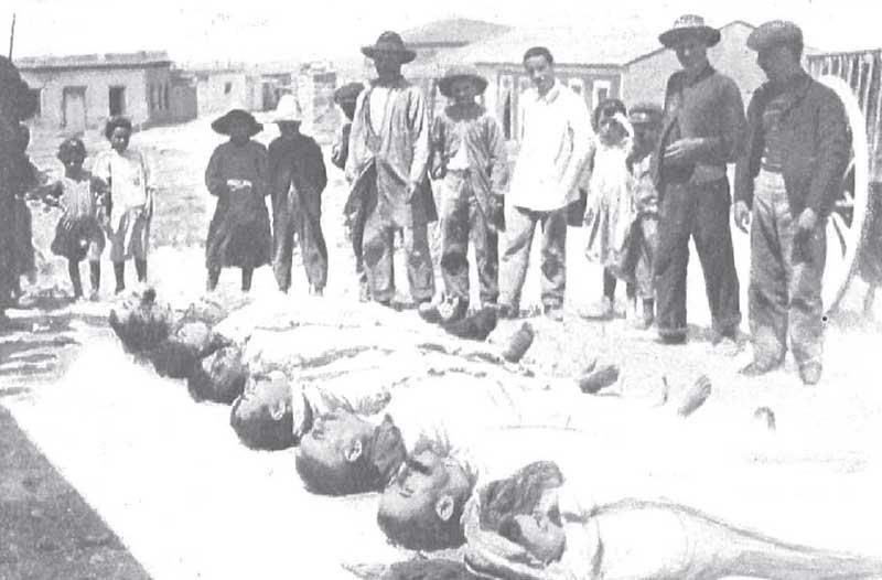 Año 1906: Cabo de Palos. Cadáveres de personas fallecidas tras el hundimiento del Sirio