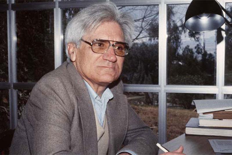 Salvador García Aguilar en su estudio