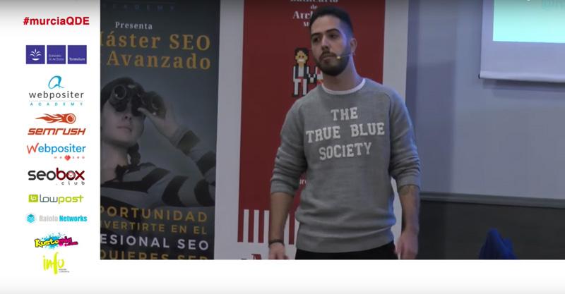 Captura del streaming del evento durante la charla de Nacho Benavides