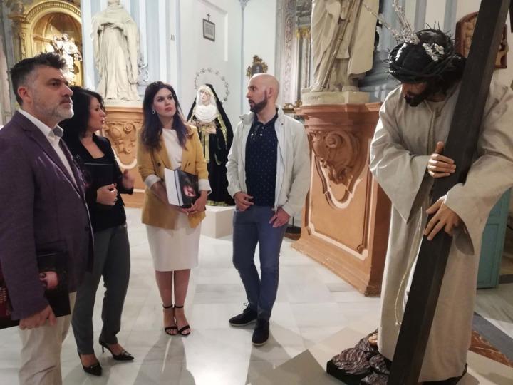La consejera de Turismo y Cultura, Miriam Guardiola, tras la presentación de 'Barro, madera y sangre'