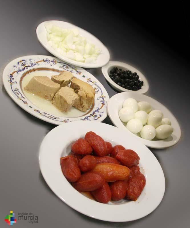 Ingredientes de la Ensalada Murciana