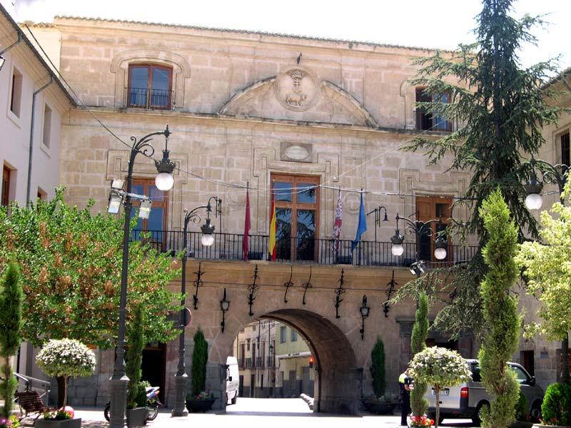 Fachada del Ayuntamiento Vista de Cerca
