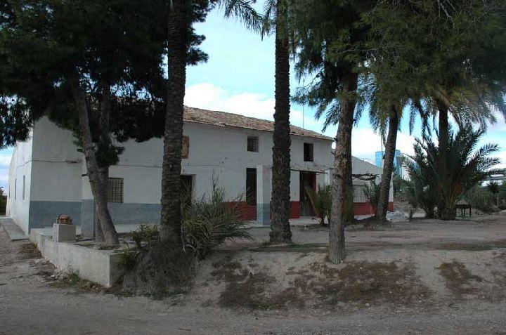 Vida tradicional en la huerta de murcia construcciones for Casas de citas en murcia