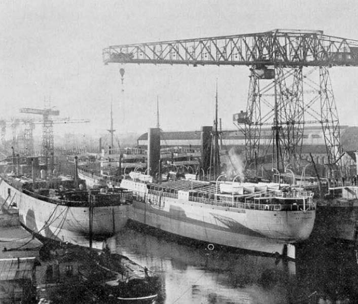 El buque de guerra de la Armada Castillo de Olite durante su construcción en Rotterdam (Holanda)